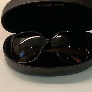 Michael Kors  Zuma M2748S sunglasses Brown Frame